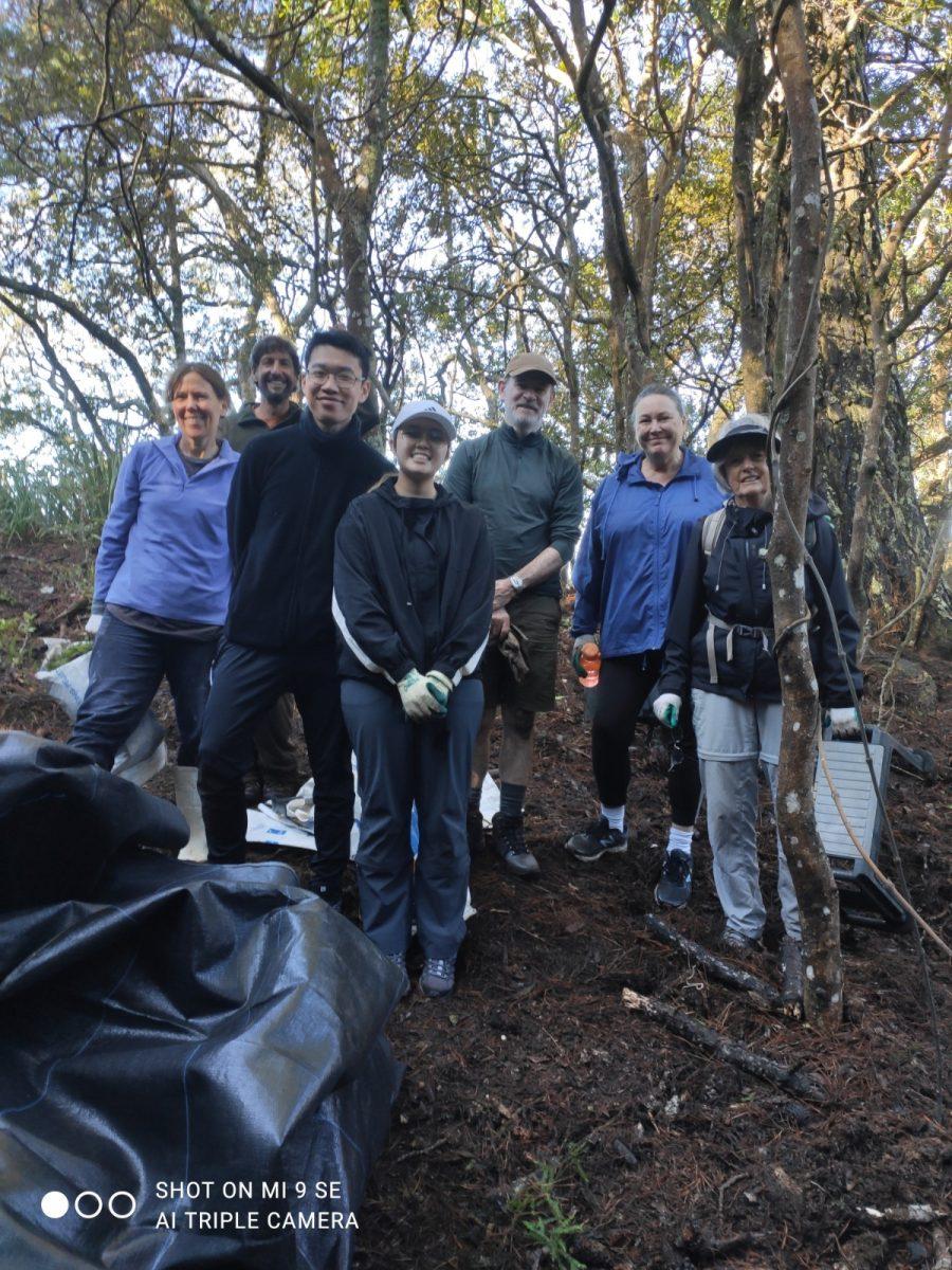UoA Alumni Volunteers at BirdCare Aotearoa